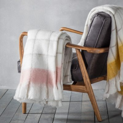 5055999227551-Agnes Mohair Feel Throw Blush