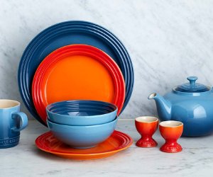 Le Creuset stoneware plates bowls and egg cups