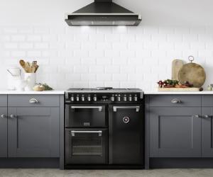 Stoves black range cooker