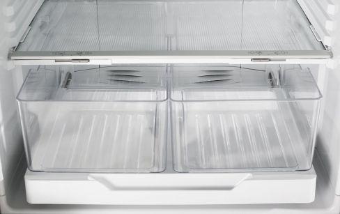 e402blxfd4-fridge-crispers.jpeg