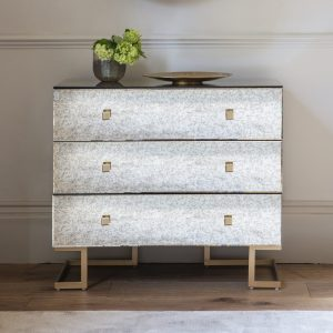 Yamber Mirrored Chest of Drawers in Gold Image 2
